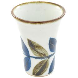 11714 sake cup white blue brown leaf pattern