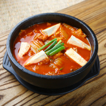 Photo korean style kimuchi nabe hot pot