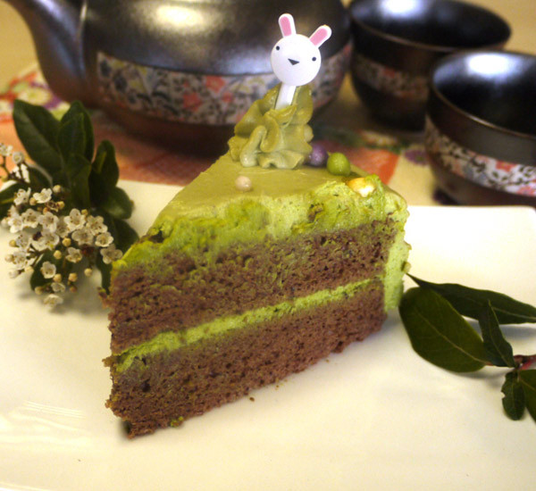 Kawaii Matcha Easter Cake